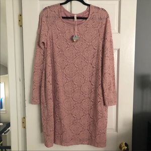 Pink Blush Maternity Lace Dress